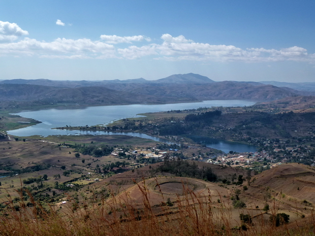 lac Ampefy lac Kavitaha