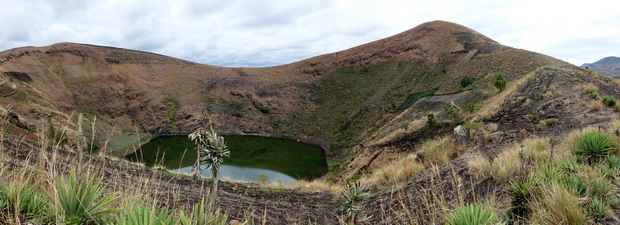 lac de cratère Andranotelo