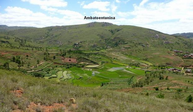 Ambatoentanina et la vallée d' Ambohiborosy