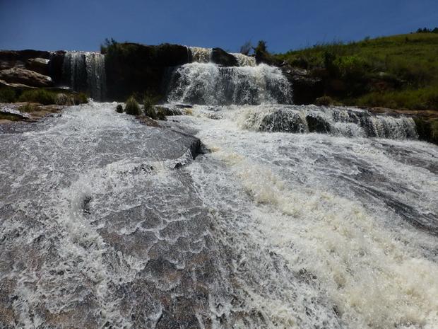 cascade au pont de pierre