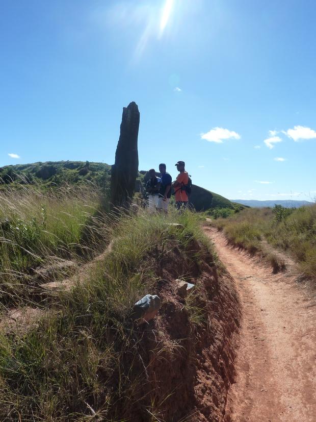 pierre levée à la mémoire de Ralambo