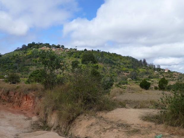 Ambohimanga et l église d' Andakana