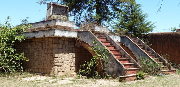 tombeau du poète malgache Jean Joseph RABEARIVELO