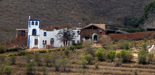 Eglise Avaratrambolo
