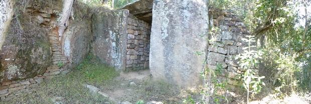 porte sud vavahady Ampitsaharana