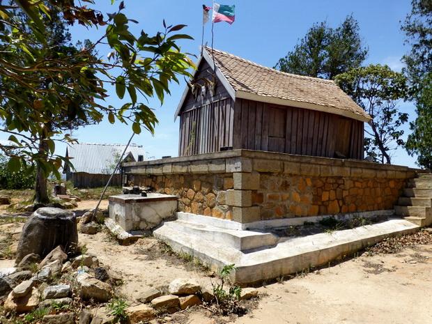 tombeau Ambohidrandriamandra