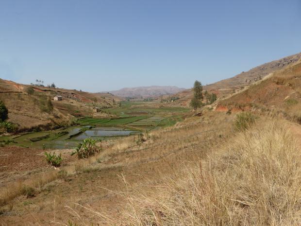 circuit les 3 vallées   : vallée de la Sarobaratra